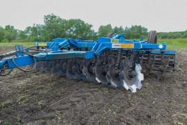 Agricultural and soil-cultivating technics
