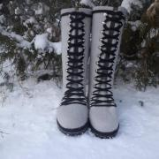 Women's felted boots